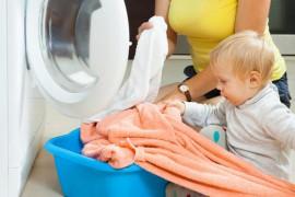 Faites participer bébé aux tâches ménagères !