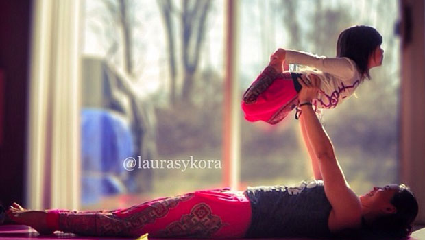 Le yoga en famille avec Laura Sykora