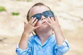 Protéger bébé contre les méfaits du soleil