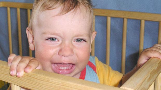 À différents stades de leur développement, les bébés et les tout-petits traversent des phases de peurs