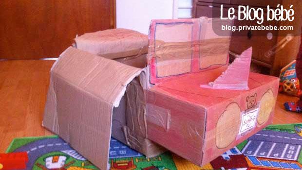 voiture avion fabriquer avec de vieux cartons diy. Black Bedroom Furniture Sets. Home Design Ideas