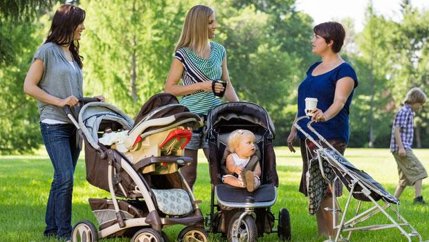 Organisez des rencontres, des pique-niques et des promenades entre mamans