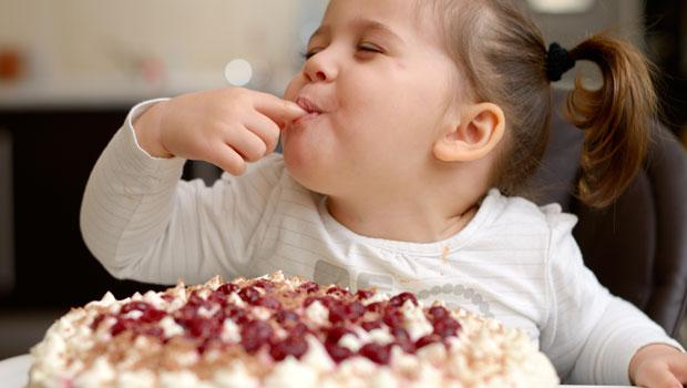 Les 8 règles d'or pour une alimentation saine pour votre tout-petit