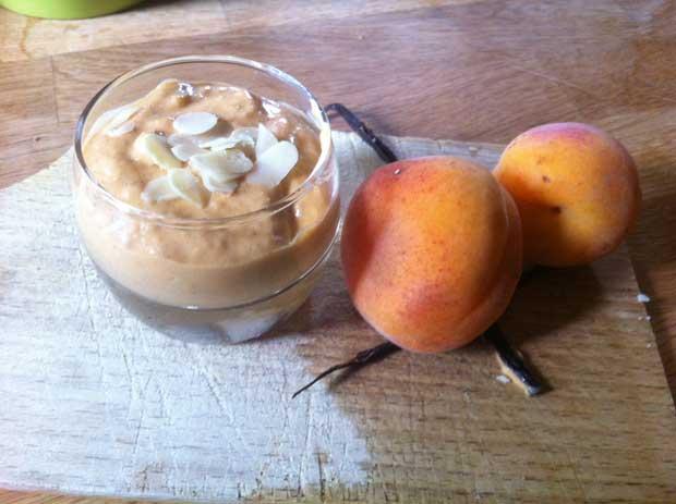 Mousse abricots amandes et gousse de Vanille dans le goûter du mercredi - DIY Bébé