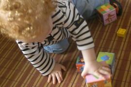 20 activités Montessori avec un bébé de moins d'un an